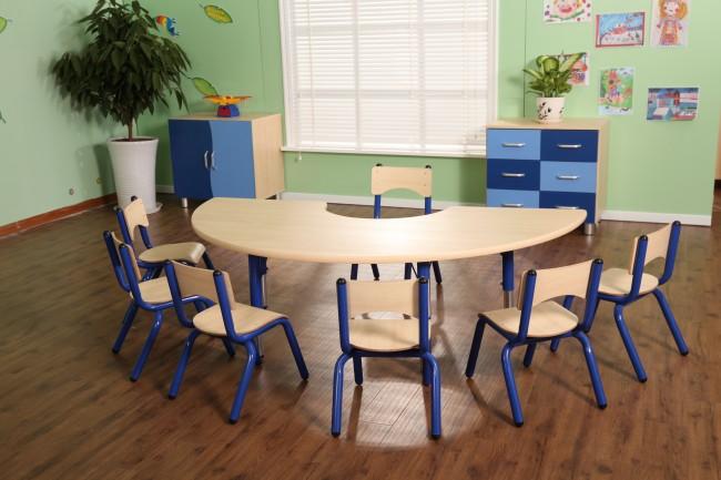 bienvenue sur le site les 3 ours table demi lune r glable. Black Bedroom Furniture Sets. Home Design Ideas